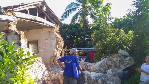 8 killed, 60 injured in series of quakes in Philippines