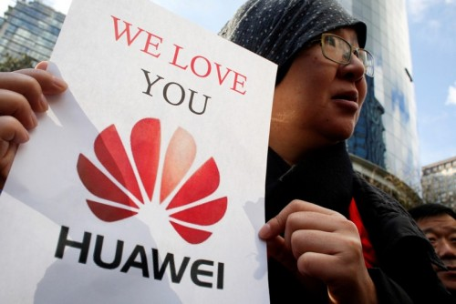Canadian court frees Huawei CFO on bail