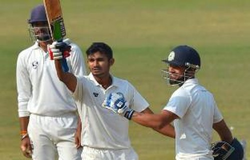 Vidarbha take 233-run lead over Delhi in Ranji final