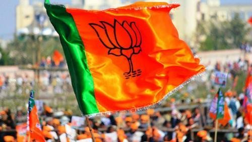 Dynasts dominate BJP's list of candidates in Madhya Pradesh
