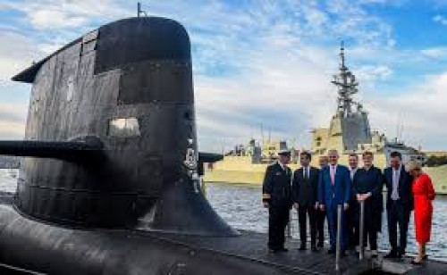 Australia signs contract to build 12 submarines