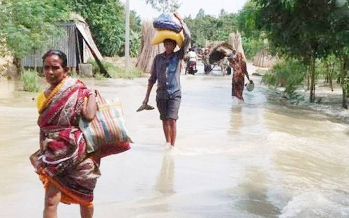 Two  persons killed in landslides, five north Bengal districts affected by flood