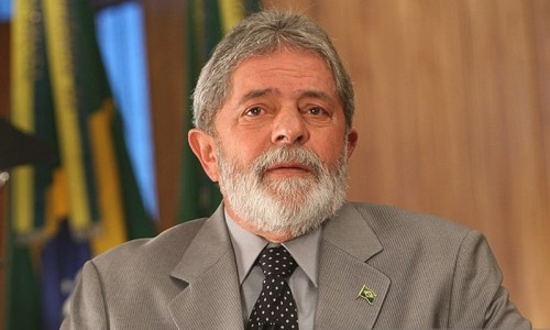 Brazilian court returns passport to ex-President Lula