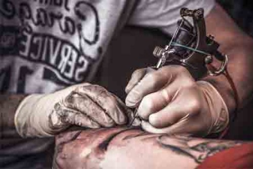 Toxic nanoparticles from tattoo ink can travel inside body