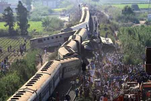 Egypt train crash toll rises to 41