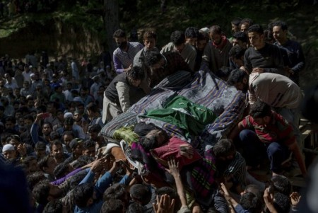 Massive security, curfew in Kashmir valley as Hizbul commander buried (Roundup)