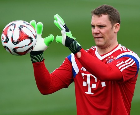 Neuer trains with German team ahead of Russia World Cup