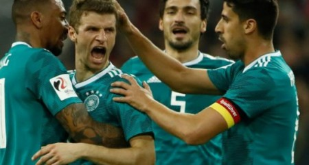 Germany hold Spain in international friendly