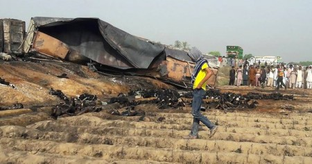 Death toll in Pakistani oil tanker fire rises to 158
