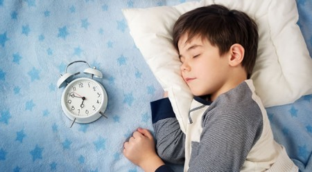 Routine bedtime may protect pre-schoolers from obesity